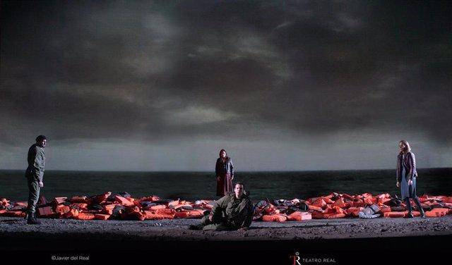 El Teatro Real estrena un montaje hiperactual y en clave pacifista de 'Ideomeneo