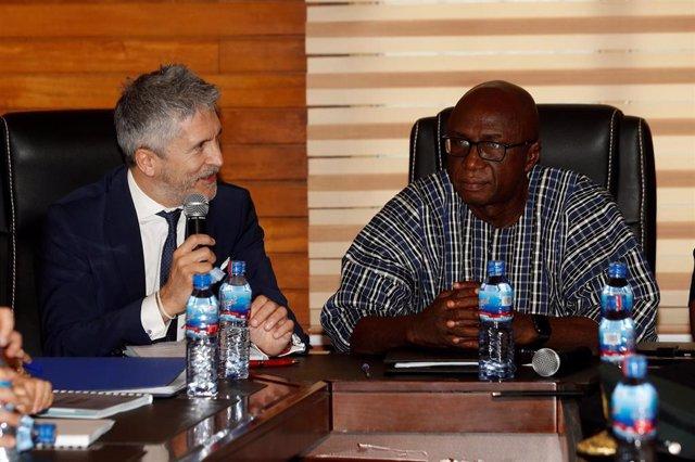 Grande-Marlaska concluye la gira africana que inició para reforzar la cooperació