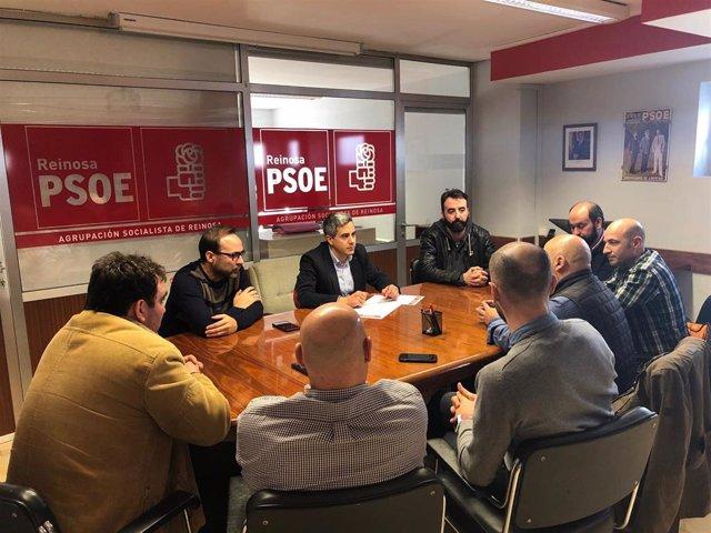PSOE con sindicatos de Sidenor