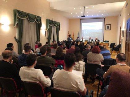 La normativa agraria, a debate en el ciclo 'Los jueves de la Cooperativa San José' de Sádaba