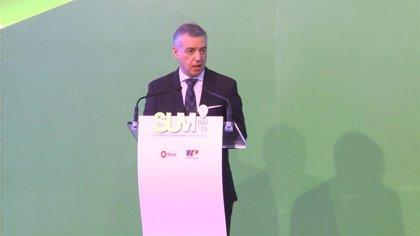 """Urkullu insiste en que es """"muy grave"""" que PP haya promovido en el Senado una moción contra las transferencias a Euskadi"""