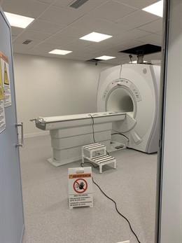 El equipo de resonancia magnética del Hospital de Manacor