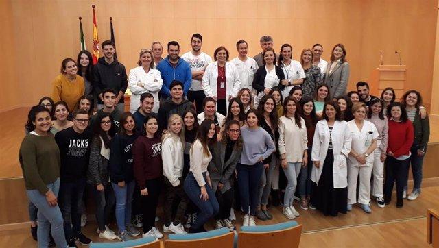 El Valme acoge a 31 nuevos alumnos del Grado de Enfermería de la US para el inic