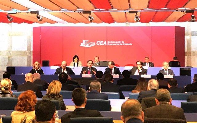 CEA se suma a la 'preocupación' de Ceoe y Cepyme por la ruptura del diálogo social para cambiar la reforma laboral