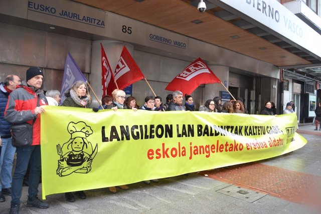 Protesta trabajadores comedores escolares