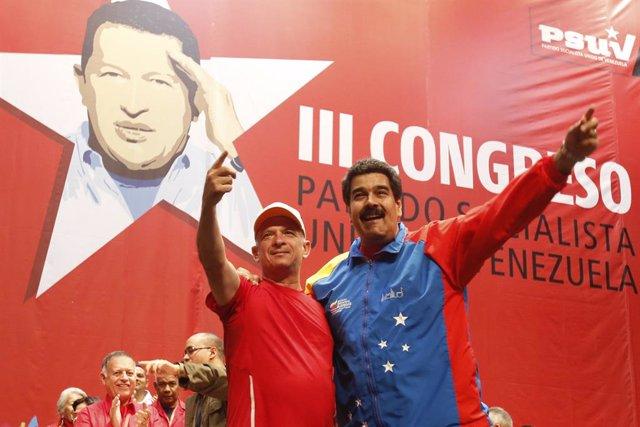 Nicolás Maduro recibe en Venezuela a Hugo Carvajal.