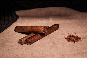 'Cigars', tabacos o habanos: los nombres de los puros en diferentes países