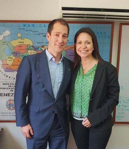 El vicepresidente de Vox se reúne en Venezuela con líderes opositores a Maduro
