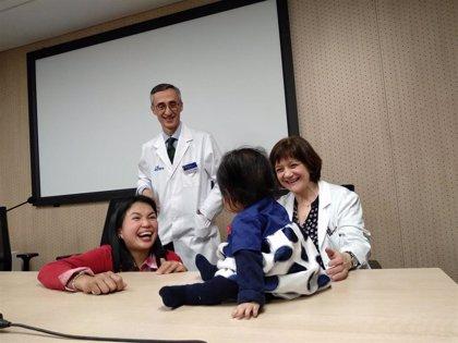 Consiguen frenar un caso de atrofia muscular infantil antes de que dé síntomas