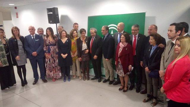 Bendodo resalta a los premiados por el Día de Andalucía en Málaga que ahora son