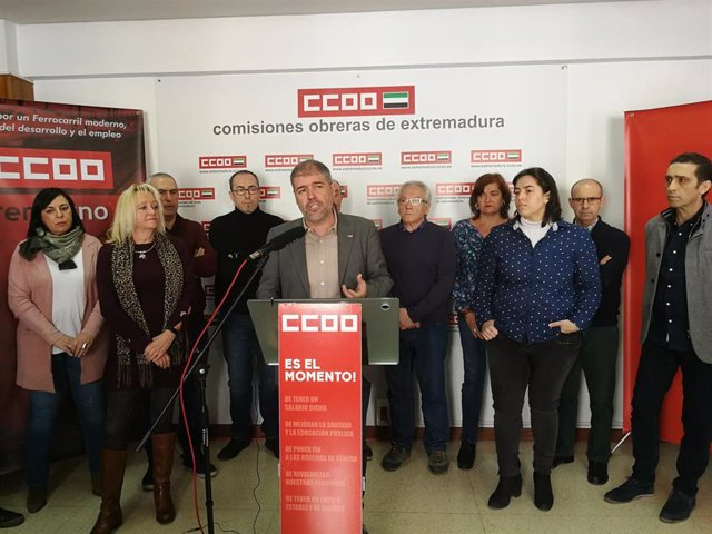 Encuentro de CCOO para analizar la situación del tren en Extremadura