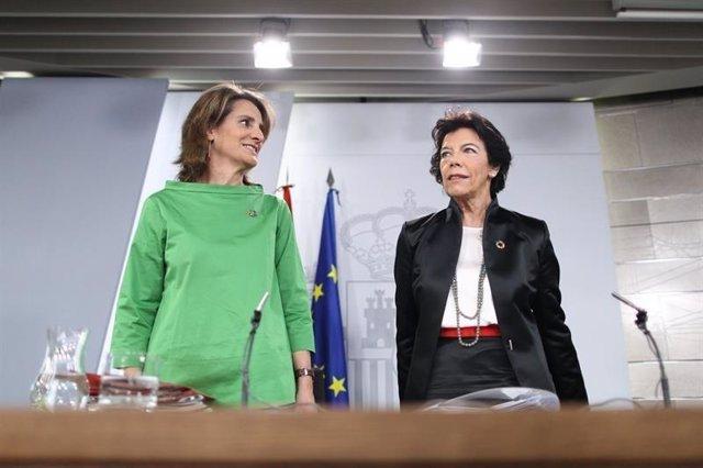 La ministra de Transición Ecológica y la ministra de Educación