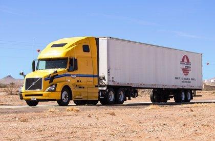 Huelga de camioneros en Perú amenaza con paralizar ingresos