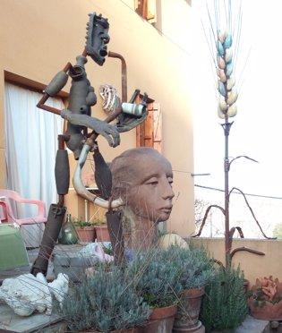 Esculturas de Pascual Adolfo López en su vivienda