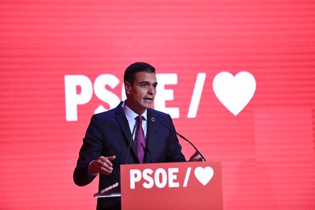 Presentació de la precampanya del PSOE per les eleccions generals del 28 de abri