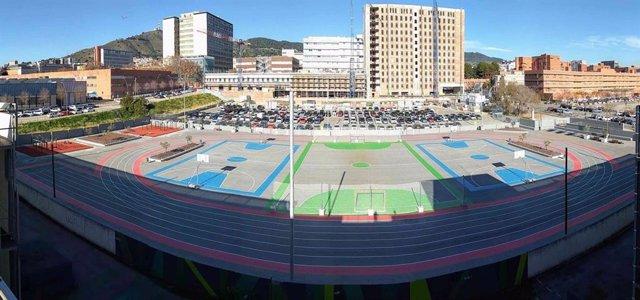 Les Corts estrena la zona esportiva més gran de Barcelona en el Parc de la Bed