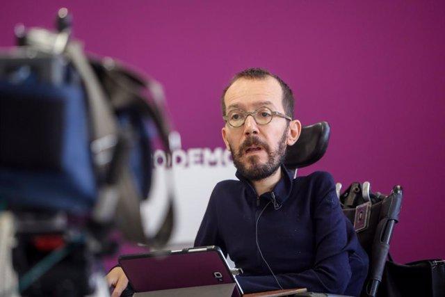 Entrevista d'Europa Press al secretari d'Organització de Podem, Pablo Tirin
