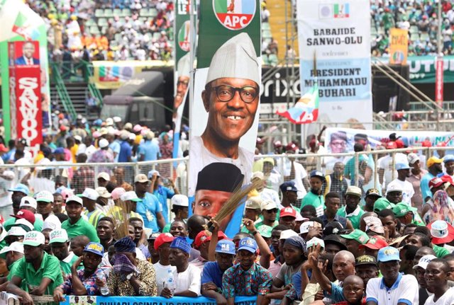 Acto de campaña del APC del presidente de Nigeria, Muhammadu Buhari, antes de la