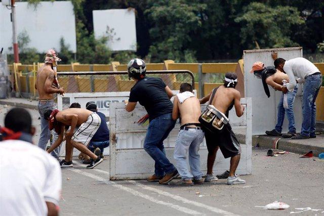 Disturbios en la frontera entre Colombia y Venezuela