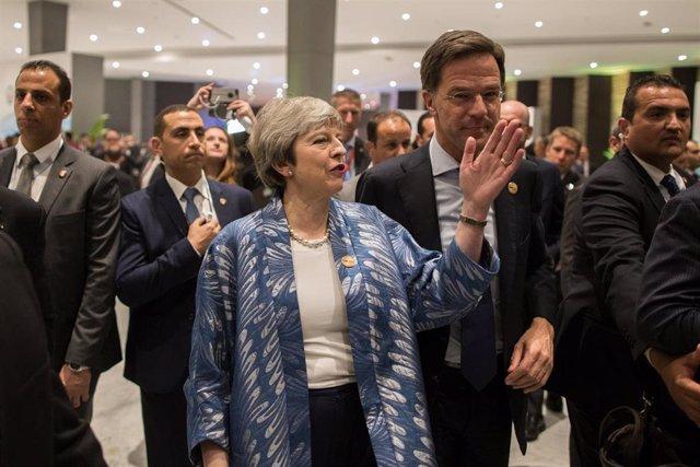 Theresa May el domingo en la cumbre de la UE con la Liga Árabe