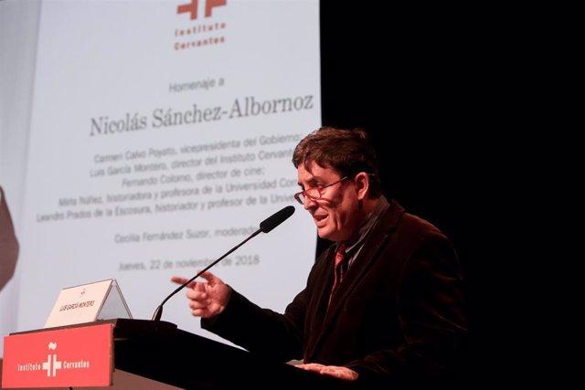 Carmen Calvo preside el homenaje del Instituto Cervantes al historiador Nicolás