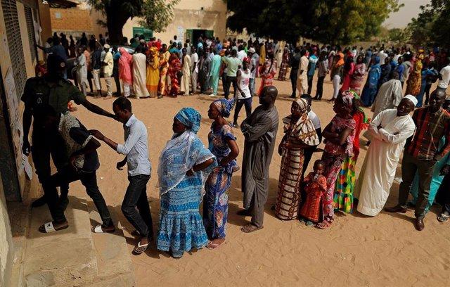 Votación en las elecciones presidenciales en Senegal