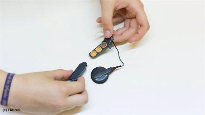 FIAPAS censura que se demora la actualización ortoprotésica que afecta a los implantes auditivos y los audífonos