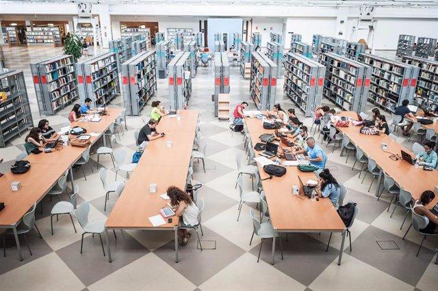 La UPO, Primera En Andalucía Y Cuarta A Nivel Nacional En El Ranking De Bibliote