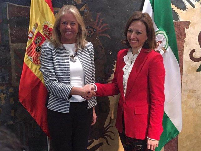 Málaga.- La Junta y el Ayuntamiento de Marbella se comprometen a pactar un calen