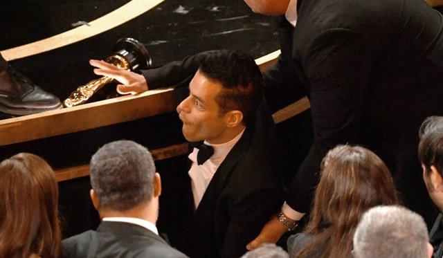 Rami Malek, atendido por paramédicos en los Oscar 2019 tras una caída después de