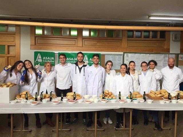 Promoción del aceite de oliva en IES La Fuensanta