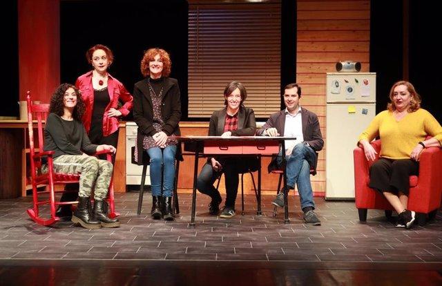 Contraproduccións estrena el jueves en Santiago 'Compañeira de Piso', codirigida