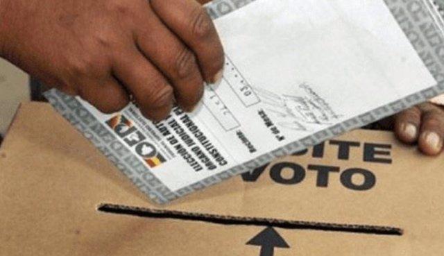 El Gobierno de Bolivia sugiere aplazar las elecciones presidenciales por coincid