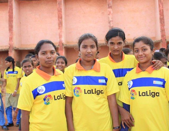 Programa de fútbol base de Anantapur de la FVF y LaLiga