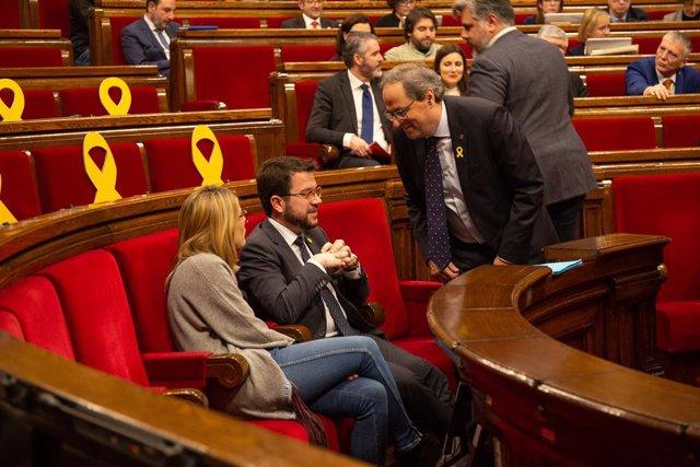 Quim Torra, Pere Aragons i Elsa Artadi en una sessió al Parlament