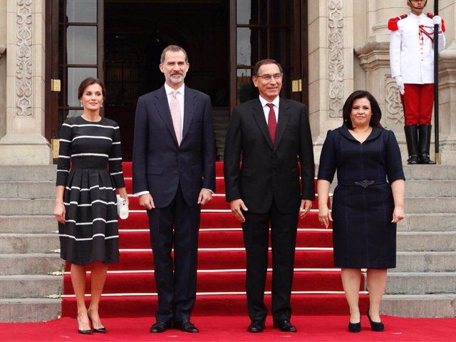 Los Reyes en Perú