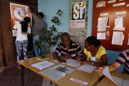 """Cuba rechaza la """"irrespetuosa"""" declaración de EEUU sobre el referéndum cubano"""
