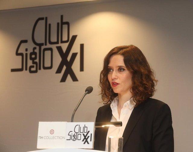 """La portavoz del PP, Isabel Díaz Díaz Ayuso: """"Me sorprende que para la asesina de"""