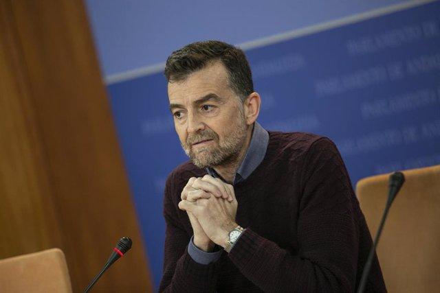 Rueda de prensa del portavoz parlamentario de Adelante Andalucía, Antonio Maíllo