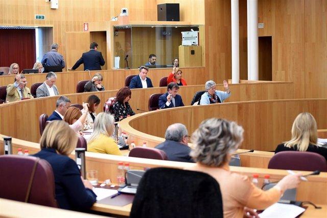 La Diputación baja el periodo medio de pago a proveedores hasta los 14 días
