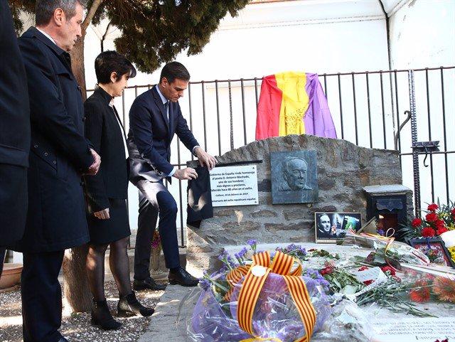 Homenaje de Sánchez a Machado