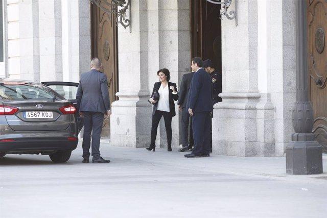 Soraya Saénz de Santamaría surt del Tribunal Suprem després de testificar en el