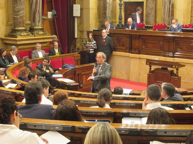 El president de la Generalitat, Quim Torra, en el ple del Parlament