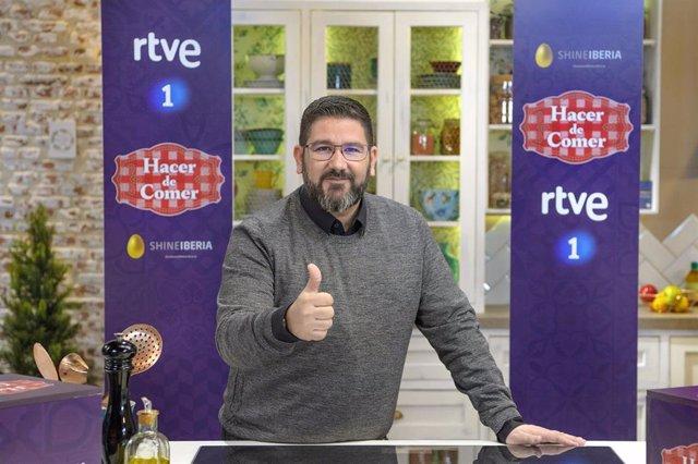 """El chef Dani García presenta 'Hacer de comer' en La 1: """"Vamos a desmontar mitos"""