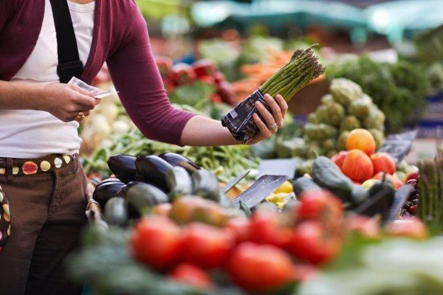 Vegetariana, vegetariano, dieta, verdura, esparragos, mercado