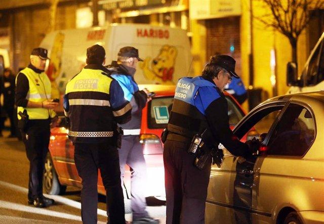 Controles de alcoholemia de la Policía Local de Oviedo