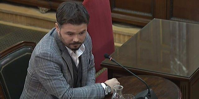 Gabriel Rufián declara com a testimoni en el judici pel procés