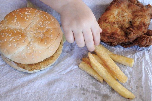 La obesidad provoca problemas de cadera a largo plazo.