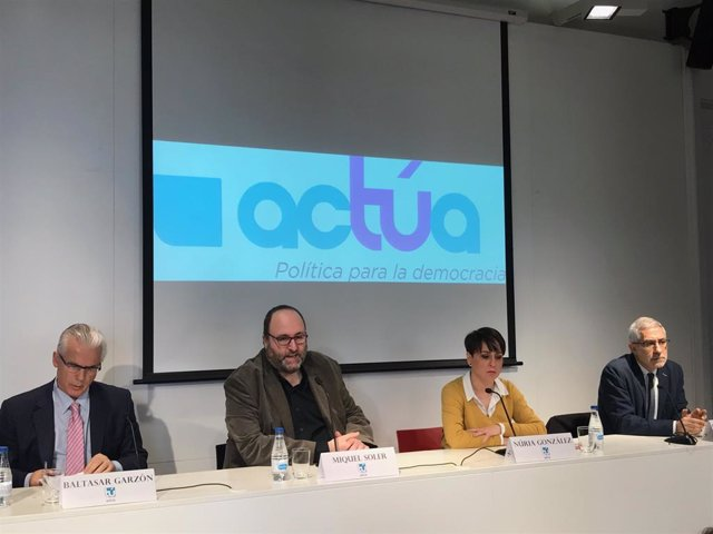 B. Garzón, M. Soler, N. González i G. Llamazares presenten Actúa a Barcelona