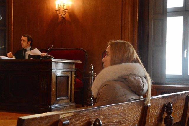 Juicio en Pontevedra a la abogada Tania Varela, acusada de estar vinculada al na